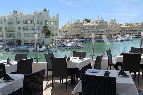 restaurantes angus puerto marina
